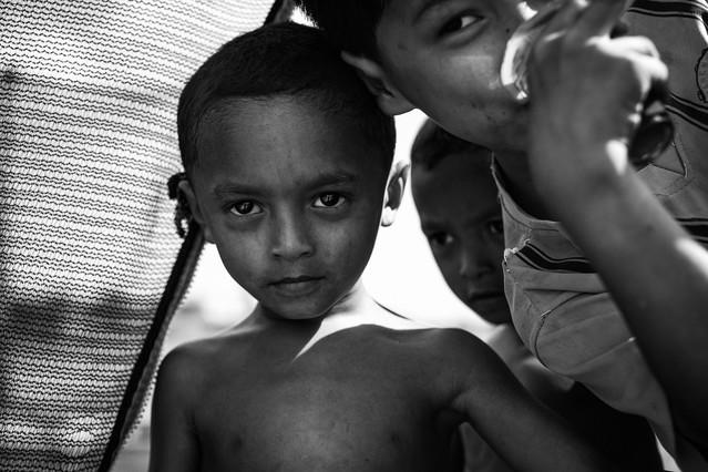 Chłopcy z placu zabaw BARTEK KOPCZYNSKI BLACKSTUDIO.EU #329666