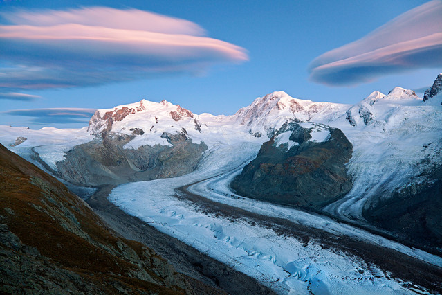 Ufo Invasion! Gornerglathsher and the Mt.Rosa group - The top af