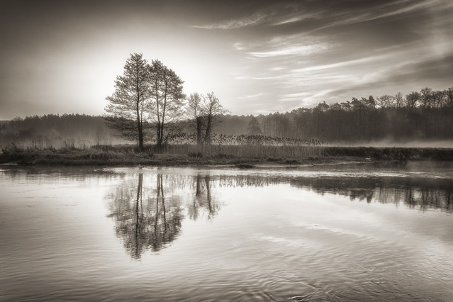 Wschód słońca nad rzeką Gwda Krzysztof Tollas #307028