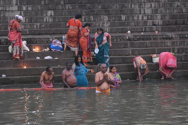 poranna toaleta w Gangesie... Stanisław Hawrus #326688