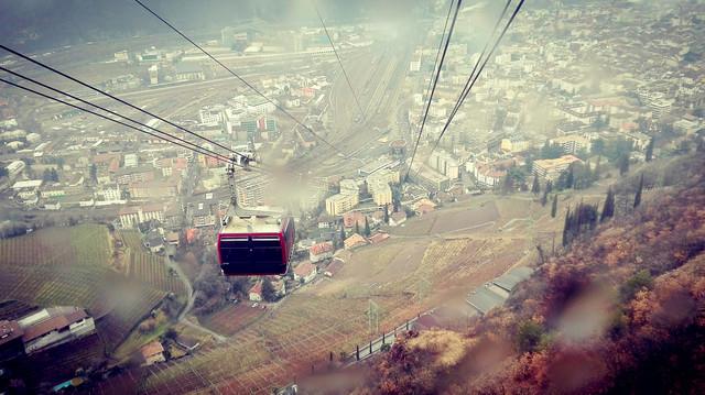 Bolzano, Włochy Panorama miasta z kolejki górskiej ROleksandra
