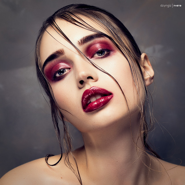 Red 2 Mod: Olga Sokolowa TOMASZ ''DZYNGIZ'' STANKIEWICZ #305456