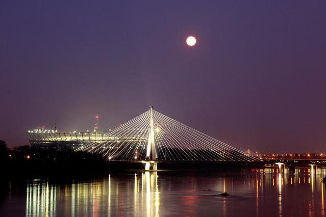 Most Świętokrzyski i Stadion Narodowy w Warszawie. Warszawa.