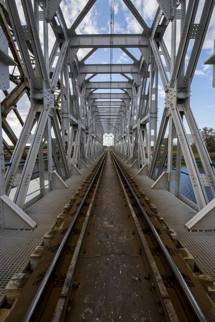 Most kolejowy u wjazdu do Goniądza Dariusz WojtaIa #319632