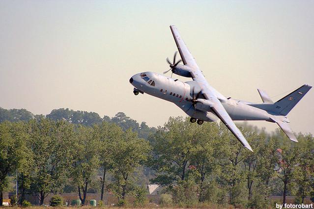 fotorobart C-295M
