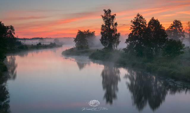Sunrise on the river Gwda - 2 Krzysztof Tollas #325338
