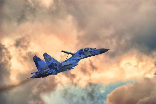 N0rbert SU-27