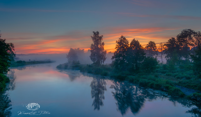 Sunrise on the river Gwda Krzysztof Tollas #325337